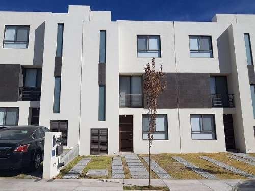 Casa Renta Centrica Fraccionamiento Coto Privada Rimachi R. Del Parque Mirador