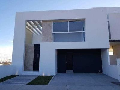 Casa Nueva En Venta En Lomas De Juriquilla (lc)