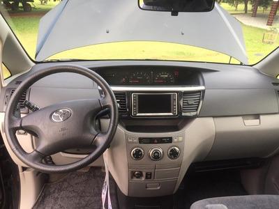 Toyota Voxy 2003 Naftera 4x4