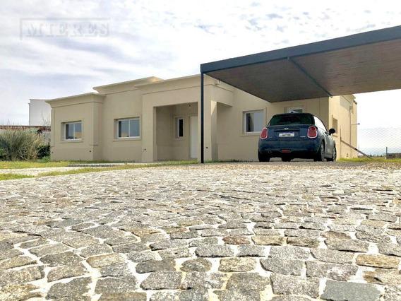 Casa Sobre Lote Interno, Construcción En Una Planta - San Rafael, Villanueva