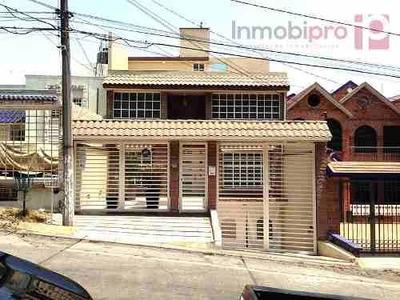 Casa En Renta En Lomas De Valle Dorado (amueblada)