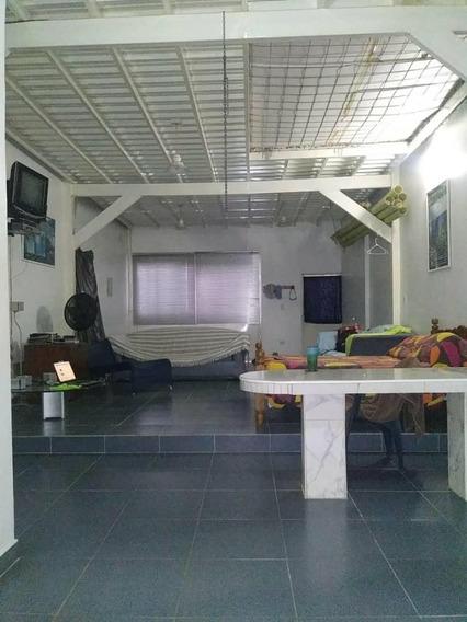 Venta Casa De Playa En Choroni