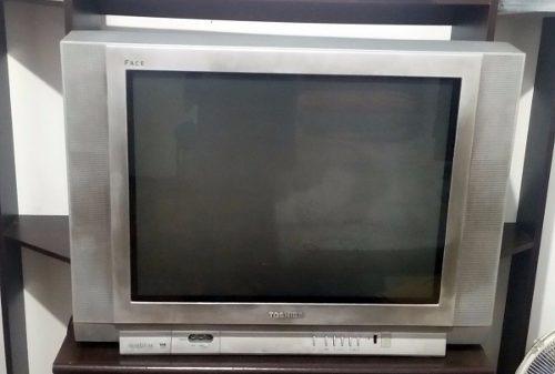Tv Toshiba 29 +conversor Digital
