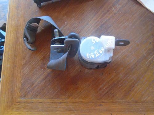 Vendo Cinturon De Seguridad  De Nissan Sentra B13 Año 1995