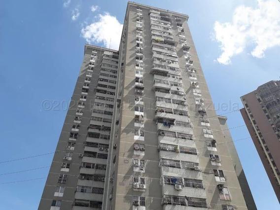 Apartamento En Venta En El Centro Maracay Mls21-12145dct