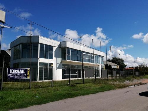 Avda Del Parque  Barra De Carrasco Local Comercial