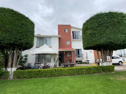 Imagen 1 de 14 de Casa Venta Rincon De San Isidro Metepec