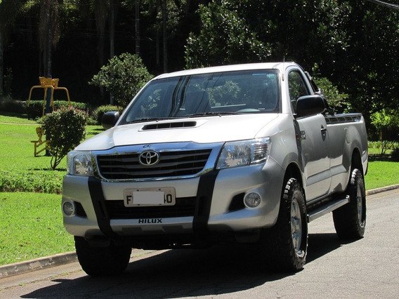 Toyota Hilux 3.0 4x4 Cs Turbo Intercooler Diesel 2p 2014