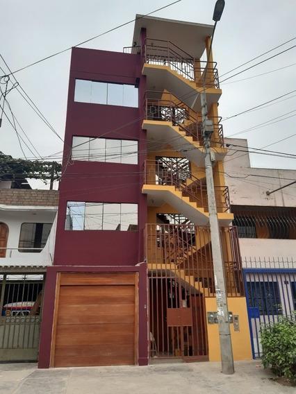 Casa Con 4 Pisos, 4 Departamentos Independizados Mas Azotea.