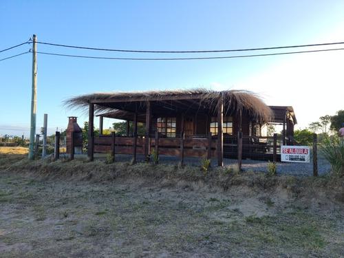 Cabaña Las Palmas Del Diablo - Punta Del Diablo 8 Personas