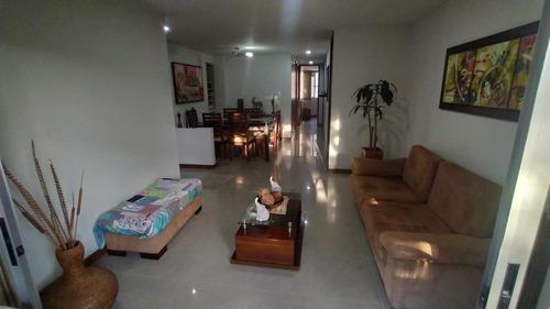 Imagen 1 de 7 de Venta Apartamento En Laureles, Sector Av. Nutibara