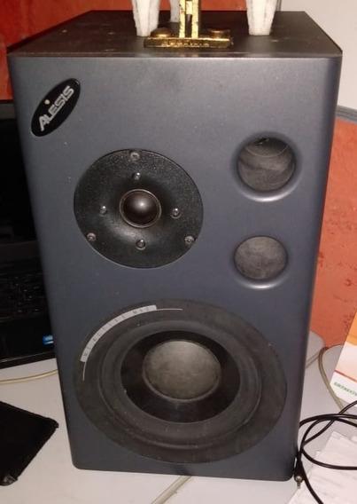 Par Monitores De Áudio Alesis Mk2 Ativos.