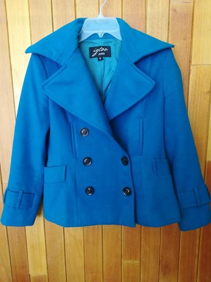 Abrigo Color Azul Y Botones Negros