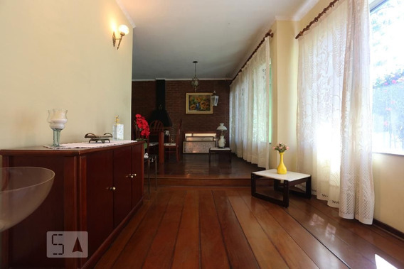 Casa Com 3 Dormitórios E 6 Garagens - Id: 892943975 - 243975