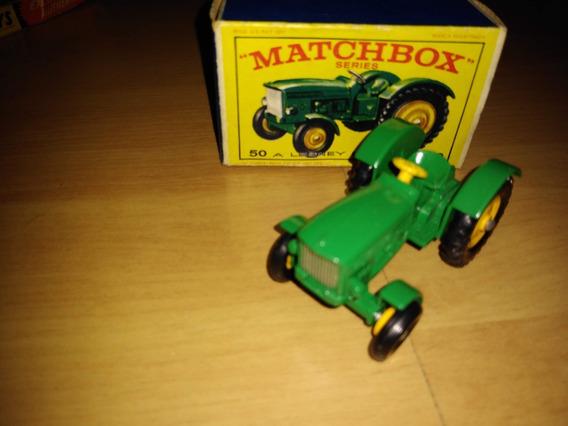 Miniatura Matchbox John Deere Lanz Tractor 1/64 Completa