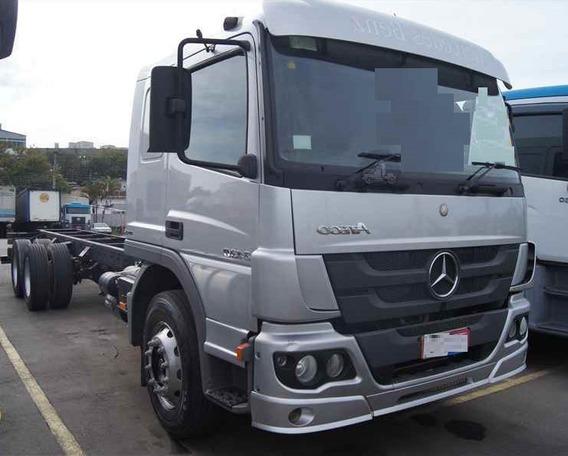 Mercedes Atego 2430 - 6x2 - 2014 - Automático - Leito