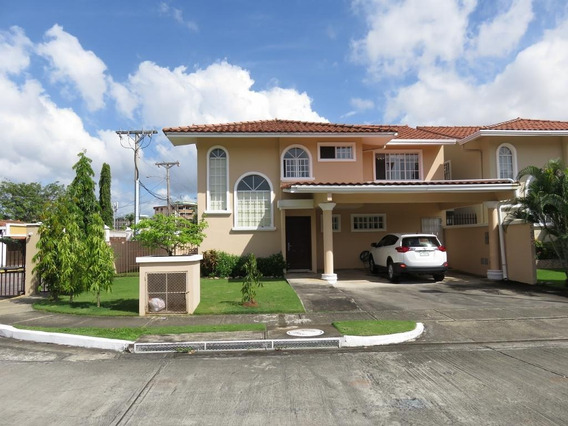 Alquiler Casa En Chanis #19-8975hel**