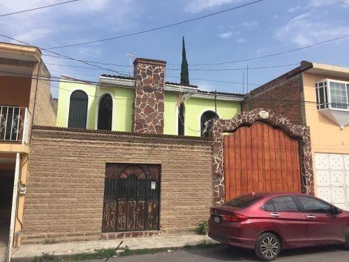 Casa En Venta En Lomas De La Soledad