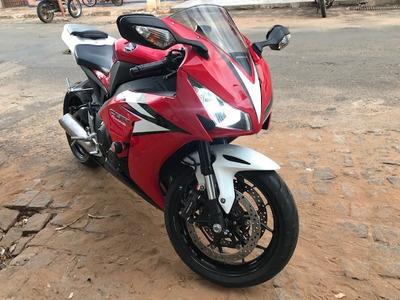 Honda Cbr 1000rr Fireblade 12/12 - 3.700km