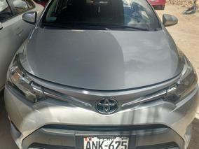 Vendo Toyota Yais Full Equipo