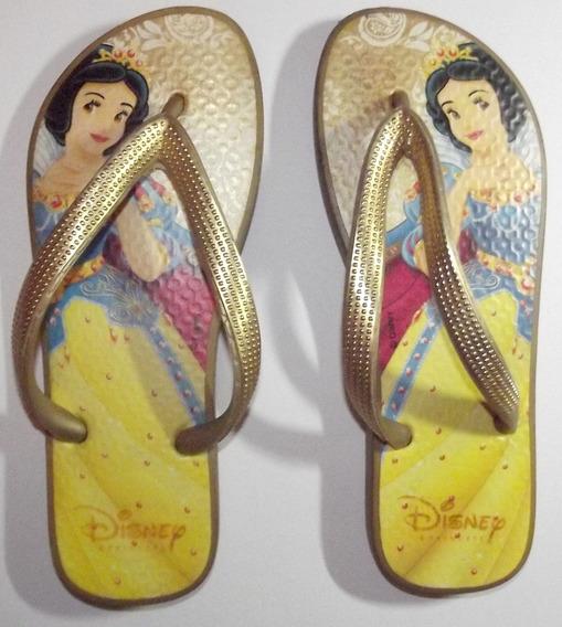 Lindo Chinelo Da Branca De Neve Disney Princesas Moda Verão