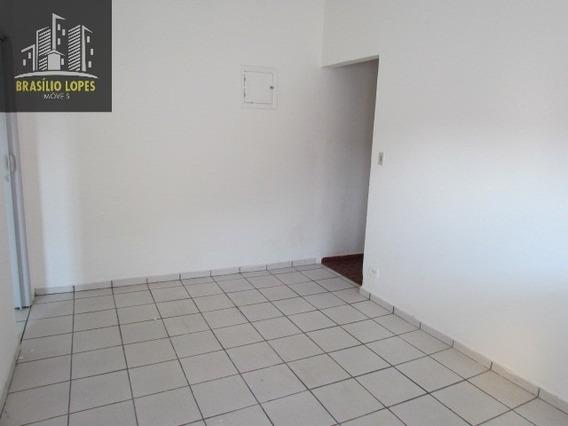 Locação | Casa 01 Dormitório Na Vila Brasilina | M2145