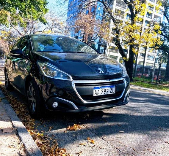 Peugeot 208 1.6 Allure Impecable!!