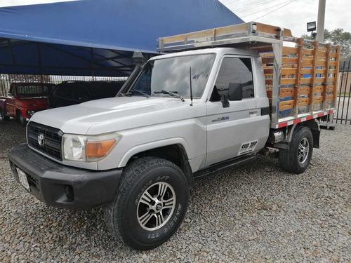 Toyota  Land Cruiser Mt