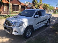 Toyota Hilux Srv 3.0 Tdi 4x4 Mt Cuero 2015 Blanca