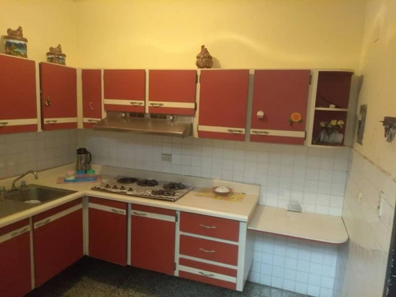 Rah: 19-20094. Oficina En Alquiler Centro