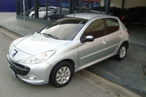 Peugeot 207 1.4 Xr Sport Flex 5p R$ 13.950,00