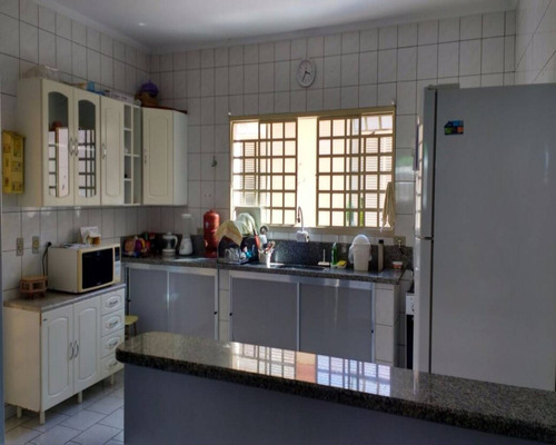 Casa À Venda Em Capuava - Ca004195