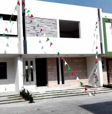 Hermosa Residencia En Condominio Fraccionamiento Solares Muran