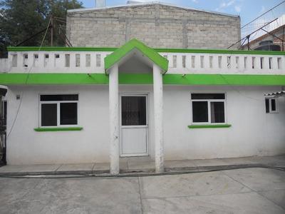 Casa Con Cinco Departamentos Y Una Bodeguita