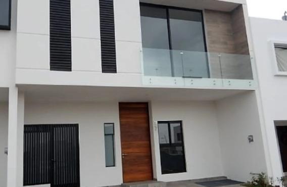 Hermosa Casa En Venta Dentro De Coto Solares, Zapopan, Tec De Monterrey