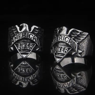 Anel Biker