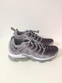 Nike Vapormax Plus grey