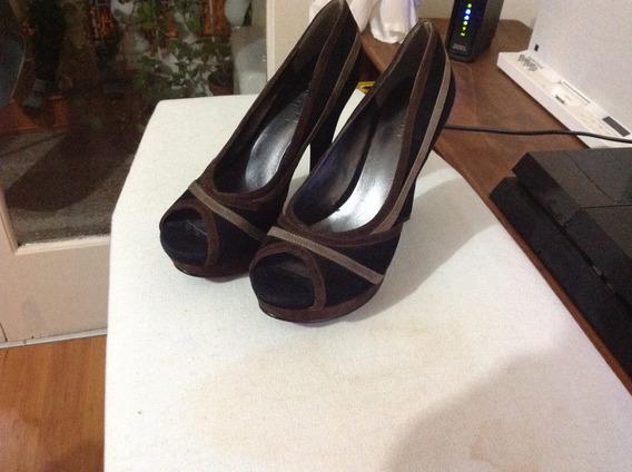 Zapatos Nine West En Gamuza Negra Y Marron. Poco Uso