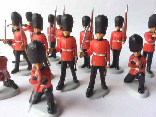 Soldados Ingleses Guardianes De La Reina Lote X 14