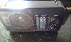 Radio Portátil Cougar - Am/ Fm/ Sw - Usado / Funcionando !