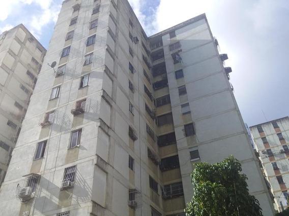 Propiedad En En Caracas - Coche
