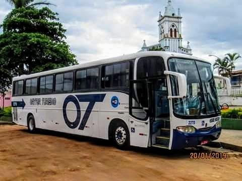 Ônibus Volvo 50 Lugares Bagageiro Amplo Ano 2002