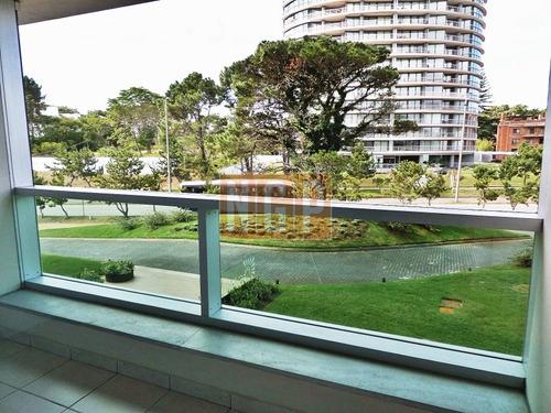 Apartamento Nuevo Con Todos Los Amenities- Ref: 14030