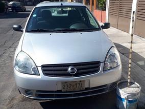 Nissan Platina Gris