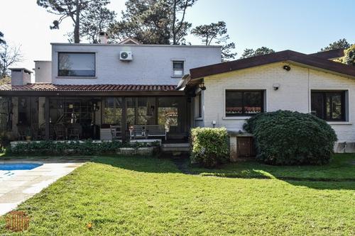 Casa En Punta Del Este , Playa Mansa - Ref: 13468