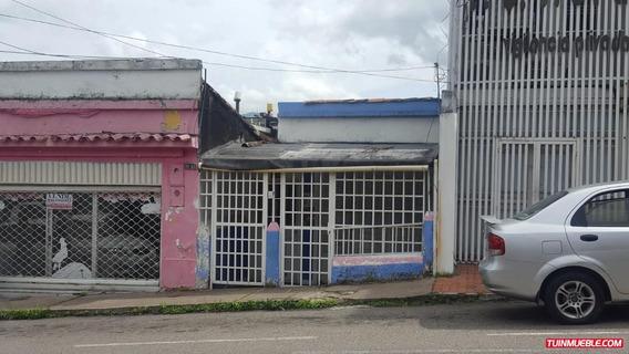 Casa En Barrio Obrero Para Comercio