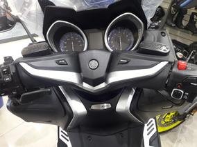 Yamaha Tmax 530dx Av.libertador 14552 Tel 74927673!!!!!!