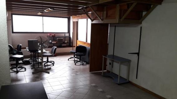 Excelente Oficina O Departamento De 53 M2