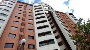 Junior Alvarado Ofrece Apartamento En Venta