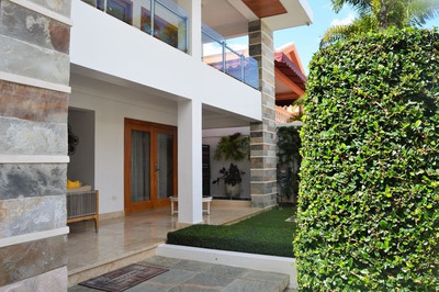Hermosa Casa En Venta En Los Cerros De Gurabo